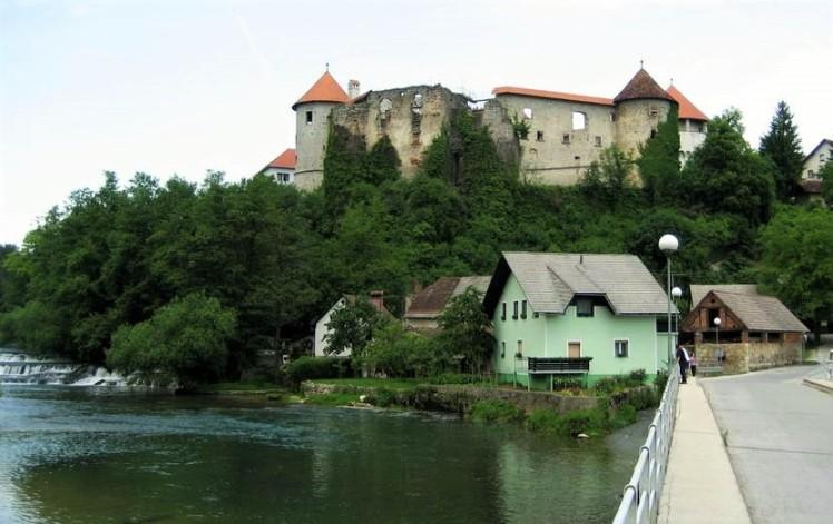 zuzemberg_castle